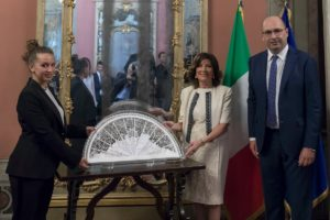 Foto Ventaglio Beatrice Borellini Casellati e Di Fonzo (Asp)